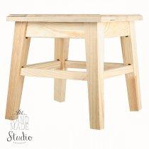 Табурет деревянный, 28х26 см