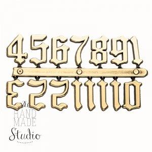 Цифры  золото 09 староанглийские