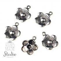 Серебряная металлическая подвеска Цветок