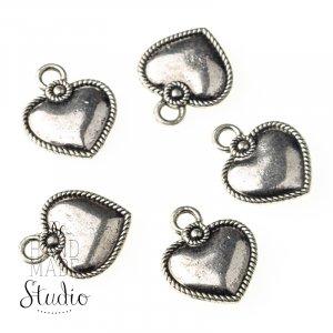Серебряная  металлическая подвеска Сердце