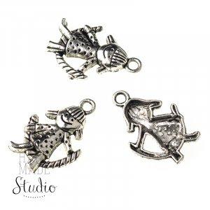 Серебряная металлическая подвеска Звоночек