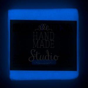 Полимерная глина пластишка белая Люминофорная синего свечения, 75 г, 0504
