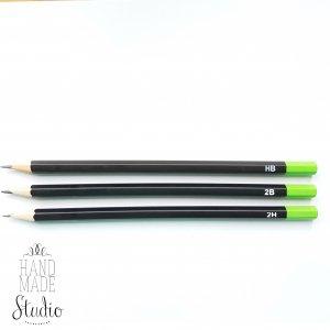 Графитовый карандаш 2B