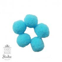 Текстильные мохнатые бусины-помпоны (5 шт), цвет - голубой, 1,5 см