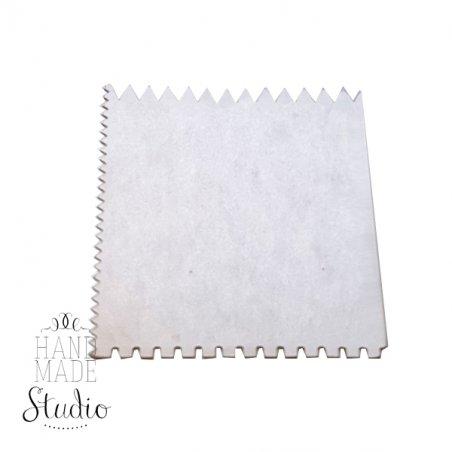 Квадратный шпатель с фигурными краями, 7х7 см, 1 шт