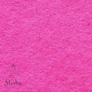 034 Фетр листовой мягкий, цвет ярко-розовый