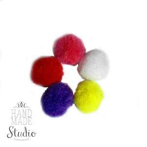 Текстильные мохнатые бусины- помпоны, цвет микс 2 см 5 шт.