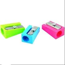 Пластиковая точилка KUM, цвет микс