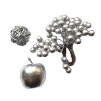 Новогодний серебряный микс ( ягоды, яблочко, шарик )