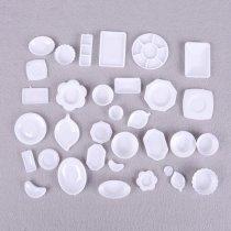 """Набор кукольной миниатюры 1:12 """"Посудка белая"""" (32 элемента)"""