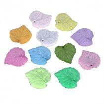 Пластиковая подвеска Листик, 1,5*1,7 см, цвет микс, 5 штук
