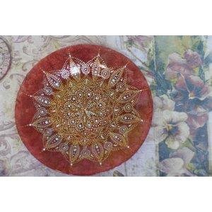 Тарелка вишневая с точечной росписью