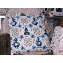 Декоративные подушки с наволочками